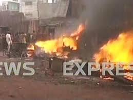Christian Houses Burn Lahore Pakistan